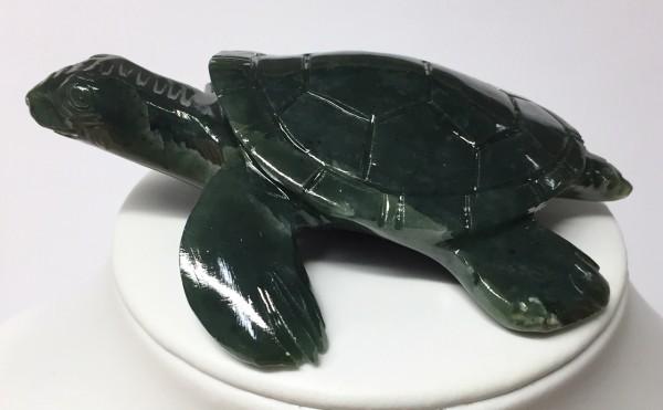 Schildkröte aus Edelserpentin